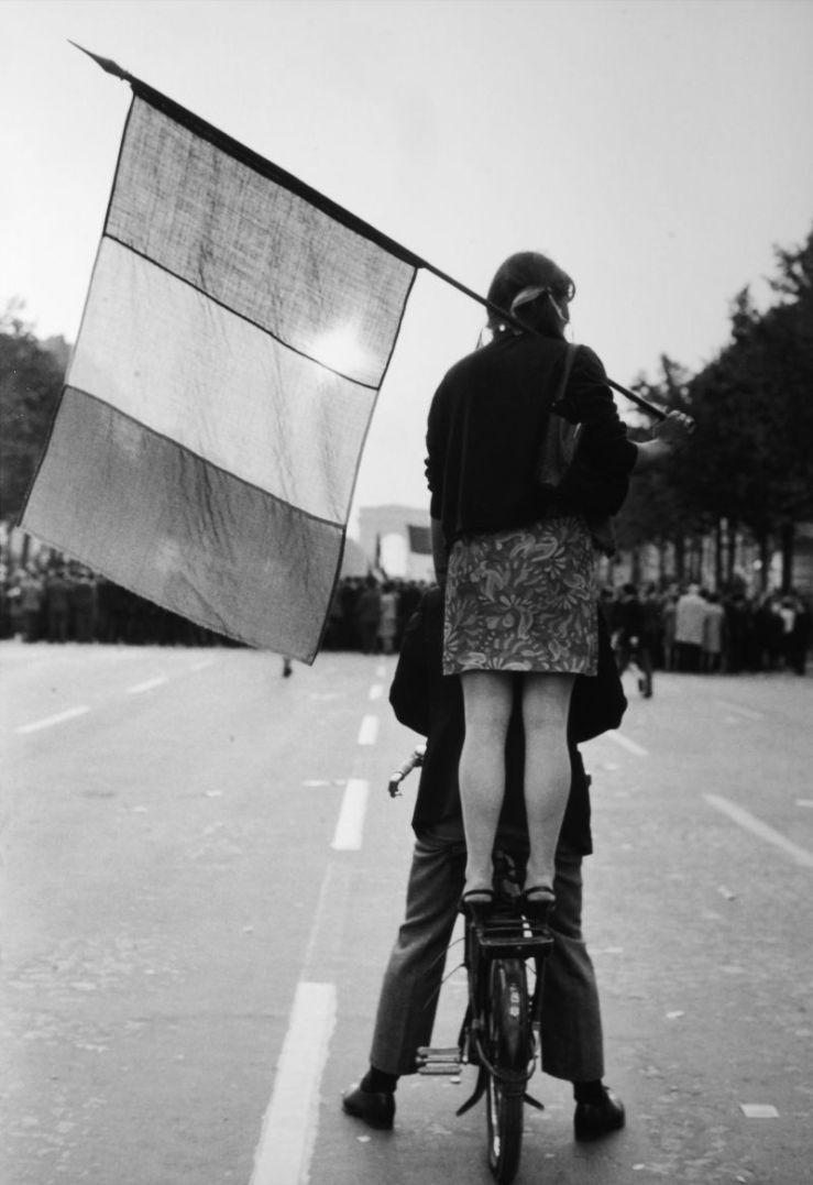 AVENUE-DES-CHAMPS-ELYSEES-PARIS-FRANCE-1968-1-HM0034